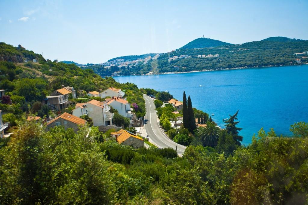 Черногория погода в июне и море